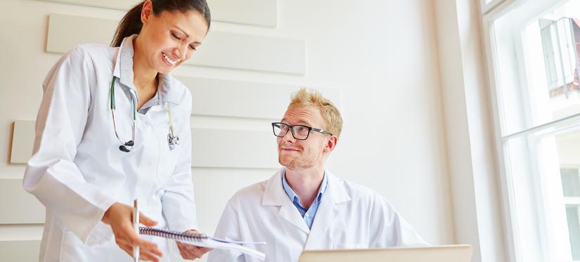 4 competenze digitali per professionisti, medici e odontoiatri: ovvero 4 molecole del Digital DNA